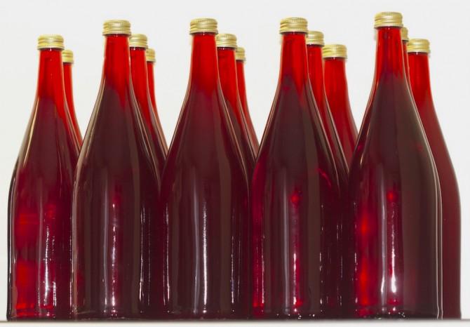 Johannisbeerwein, Flaschen gefüllt