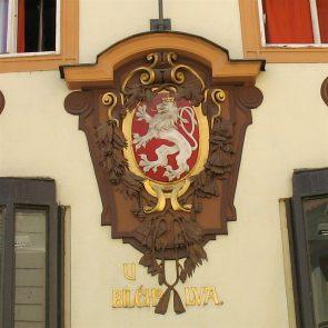 Prager Hauszeichen Zum Weißen Löwen