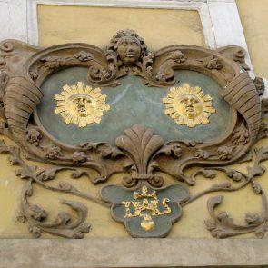 Prager Hauszeichen Zu den Zwei Sonnen