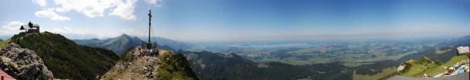Panorama von West über Nord nach Ost